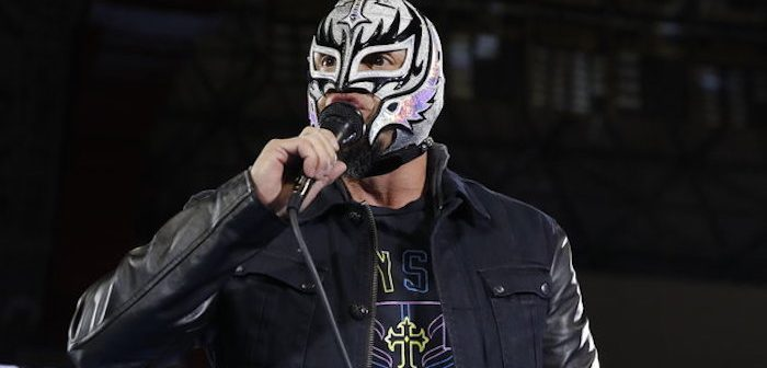 Rey Mysterio Reportedly Working For WWE Without A Contract